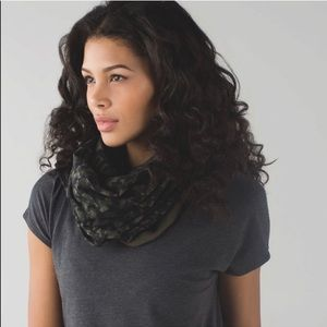 Lululemon Vinyasa Scarf Cotton Camo Fatigue Green